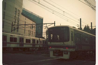 調布駅近くの線路