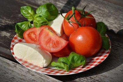 トマトとハーブ
