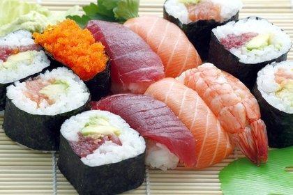 Middle sushi 55e5d14548 1280