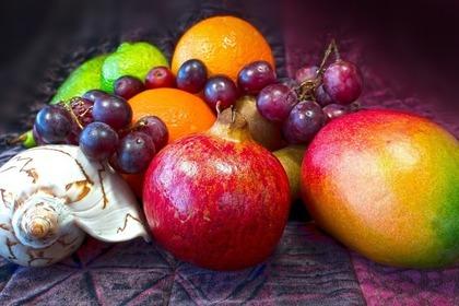 Middle fruit 52e0d7464d 1280
