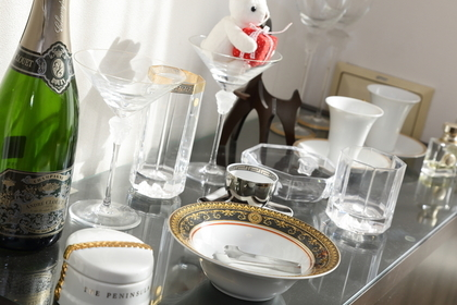 グラスや食器類