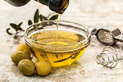 Middle olive oil 5fe6dd454f 1280