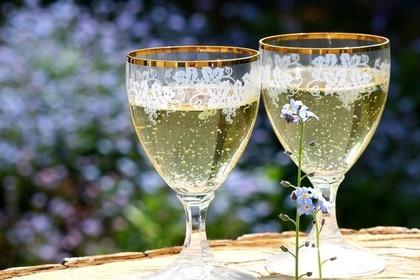 Middle champagne 51e3d3444d 1280