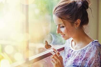 芋虫が蝶になる夢