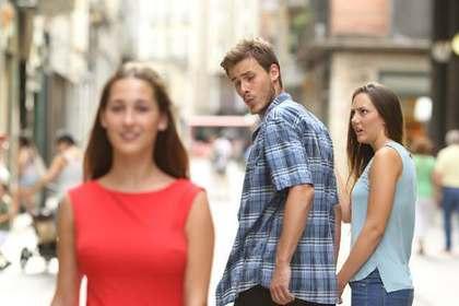 他の女性に目移りする男性