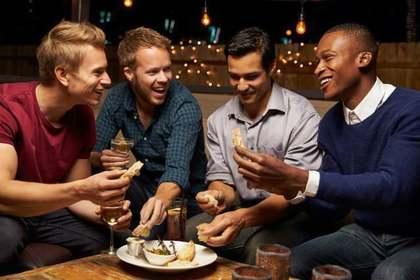 男性の集まり