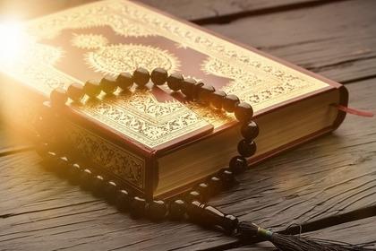 聖書とロザリオ