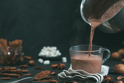 チョコ風味のドリンク