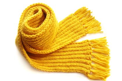 黄色のマフラー