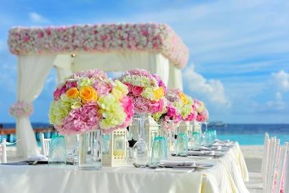 結婚式のフラワーアレンジメント