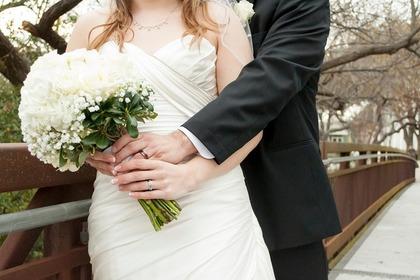 Middle bride groom 5ee4d04448 1280
