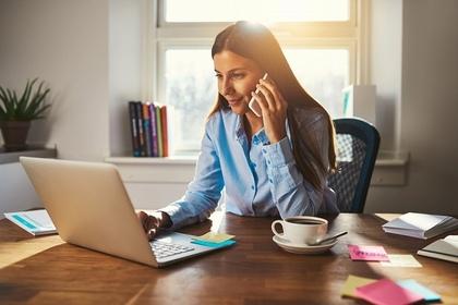 営業電話で声の大きさを適切にするように心がける人の画像