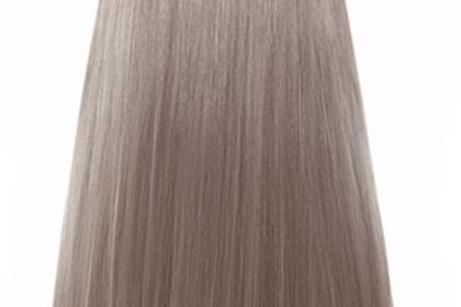 ブラウンの色の髪の毛