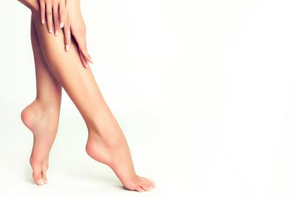 細身の足の画像